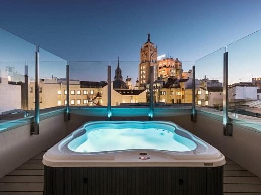 Top 7 Hoteles Con Jacuzzi Privado Y Piscina En Madrid Lista 2020