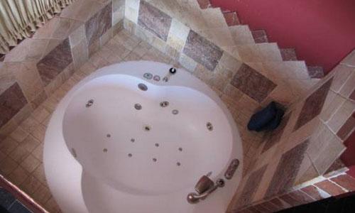 Hoteles con piscina privada en cuenca for Hoteles con piscina en cuenca