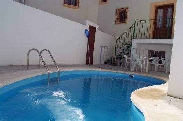 Hotel casa rural alberto cordoba hoteles con piscina privada for Hoteles en teruel con piscina