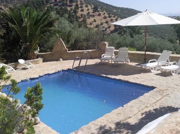 Casa rural cortijo casablanca cordoba hoteles con piscina for Hotel con piscina en cordoba