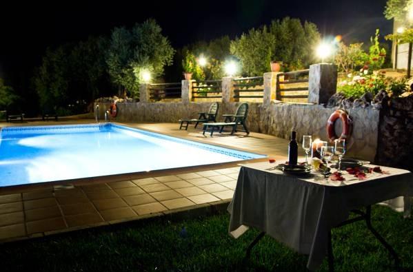 Casas rurales cazorla alc n jaen hoteles con piscina privada for Hoteles con piscina climatizada en andalucia