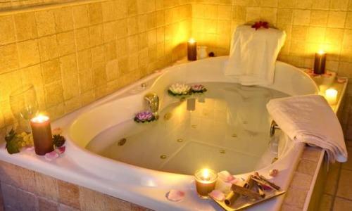 Hoteles con piscina privada en huelva for Hoteles sevilla con piscina