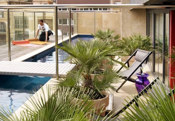 Hotel granados 83 barcelona hoteles con piscina privada for Hoteles en teruel con piscina