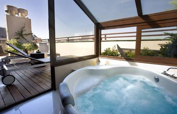 Hotel opera madrid hoteles con piscina privada for Piscinas privadas madrid
