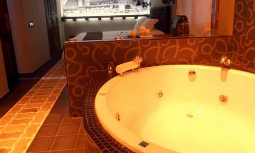 hoteles con piscina privada en segovia