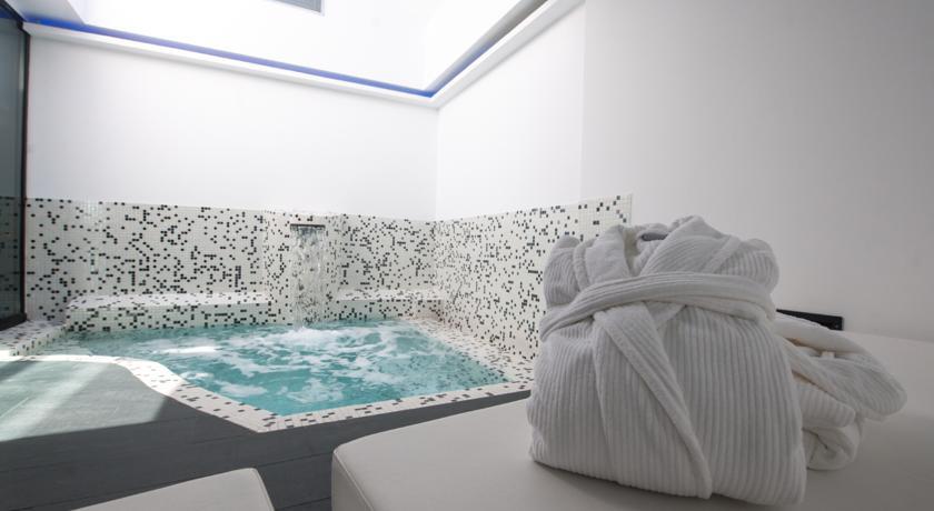 Hotel loob madrid hoteles con piscina privada - Hotel con piscina privada segovia ...