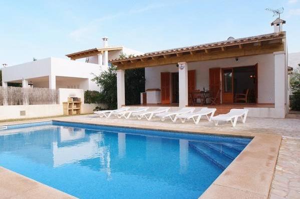 Punta des port b14 hoteles con piscina privada for Hoteles en badajoz con piscina