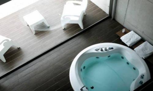 Hoteles con piscina privada en castellon for Hoteles con piscina en la rioja
