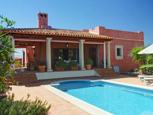 Hoteles con piscina privada en andalucia for Hoteles en avila con piscina