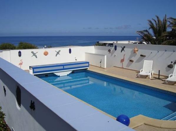 Villas famara lanzarote hoteles con piscina privada - Hotel con piscina privada segovia ...