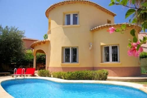 Hoteles con piscina privada en alicante for Villa con piscina privada vacaciones