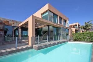 Hoteles con piscina privada en canarias for Hoteles en avila con piscina