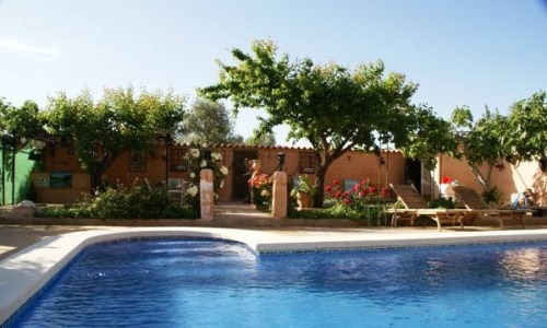Hoteles con piscina privada en castilla la mancha for Hoteles y hostales en la alberca salamanca